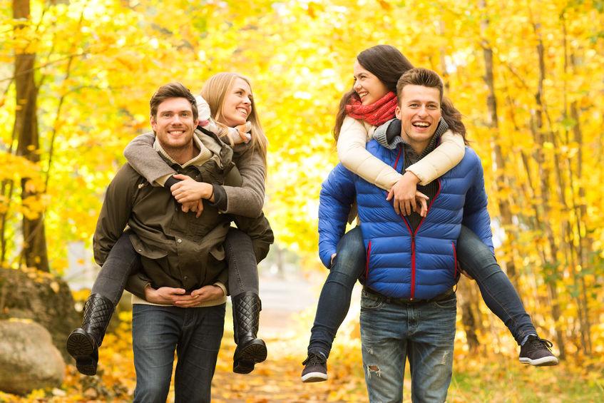 Im Herbst sind Outdoor Aktivitäten mit Freunden angesagt!