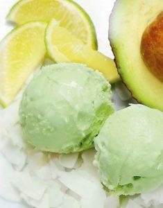 Avocado Eis mit Limette